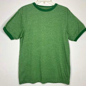 Girls Old Navy T-shirt